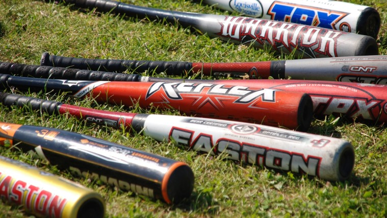 Difference Between Big Barrel and Regular Baseball Bats